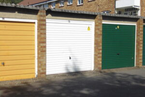 Garage en bloc, Hurst Road, Abbey Wood, SE2 0QD